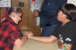 john_megan_arm_wrestle_200908